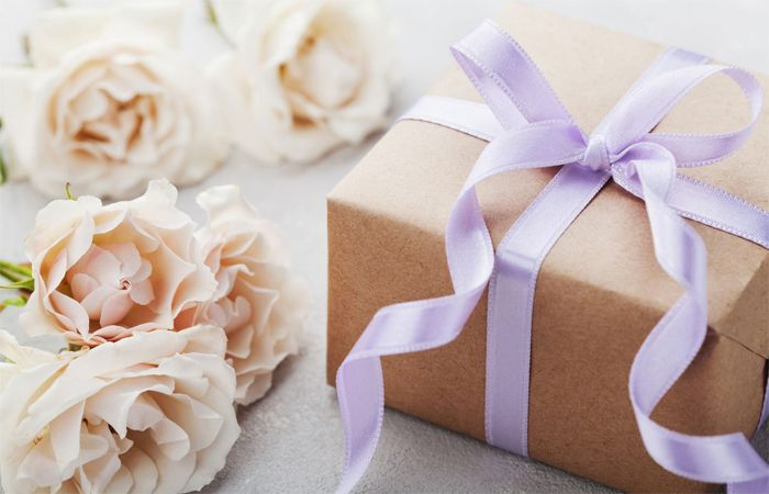 Top most Anniversary Gift Ideas to make your Loved ones Anniversary Special
